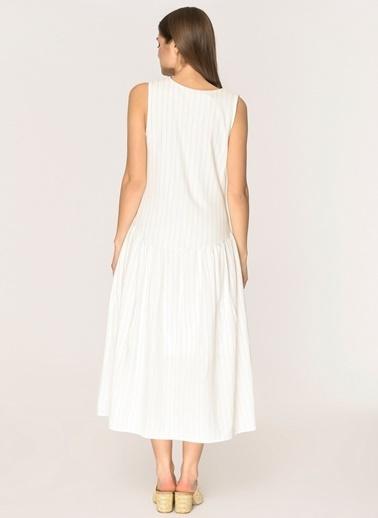 Loves You Robadan Büzgülü Keten Elbise Beyaz